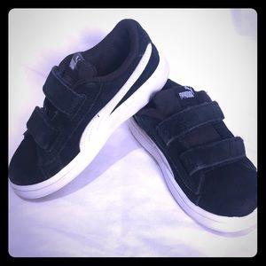 PUMA toddler boy's suede sneakers! Sz 9
